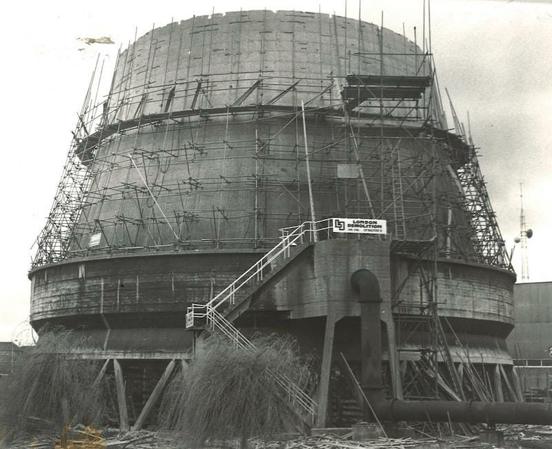 York Tip Biiling Of Cooling Tower Foss Island Road