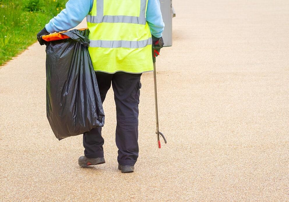 waste-disposal-York-man